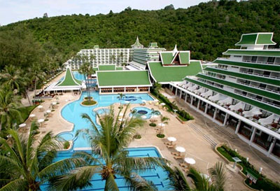 Le Meridien Phuket Beach Resort1